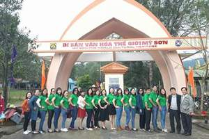 EngLish Club Of Teacher and Officer in Ly Tu Trong Junior High School